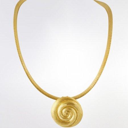 Claris Schmuckdesign Collier Macaron gelbverg 1 bearb zentr s 1400pxB