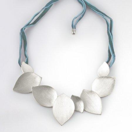 Claris Schmuckdesign Collier Leaves rhodiniert